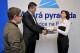 iPad v soutěži s Modrou pyramidou stavební spořitelna a naším serverem předán vítězce