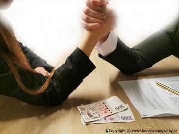 Výzva ministryni Schillerové: NEKRÁCENÉ peníze z investičního životního pojištění by se teď lidem hodily